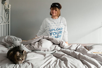 Sweatshirt Mockup Featuring a Woman in Bed With Her Cat m6918-r-el2