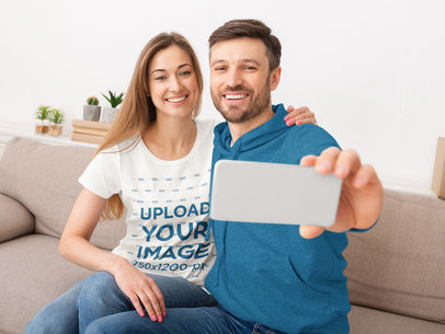 T-Shirt Mockup Featuring a Woman and Her Boyfriend Taking a Selfie 40445-r-el2