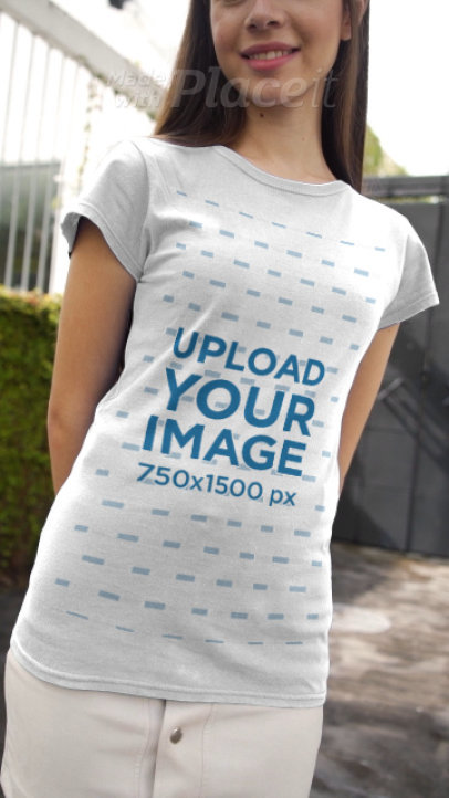 T-Shirt Video Featuring a Young Woman Walking 3674v