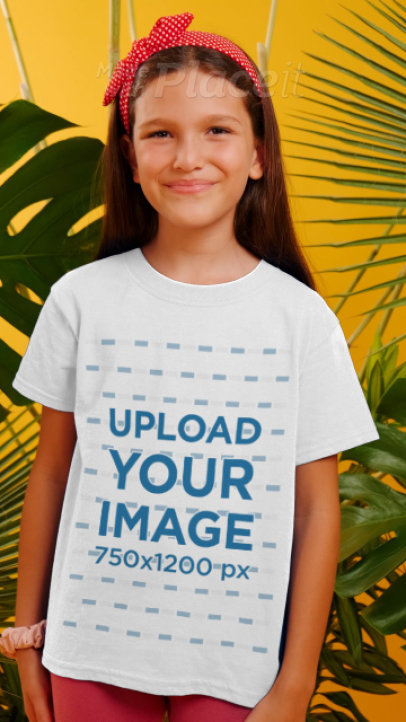 Round-Neck Tee Video of a Little Girl Surrounded by Tropical Leaves 3954v