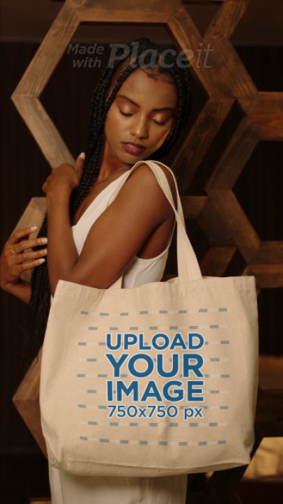 Tote Bag Video Featuring a Young Woman With Braids 4058v