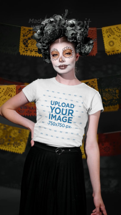 T-Shirt Video of a Woman with Catrina Makeup for Dia de Muertos 4104v