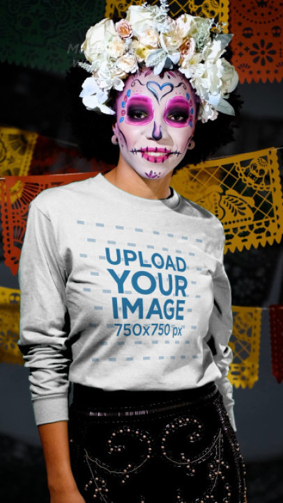 Long Sleeve Tee Video of a Woman Disguised as a Catrina for Dia de Muertos 4110v