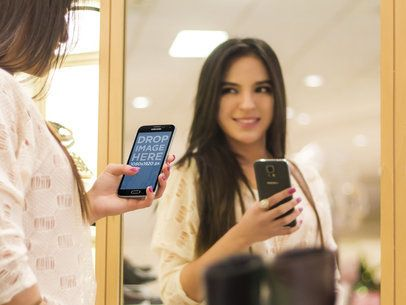 Samsung S5 In Front Of Mirror