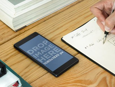 Using Sony Xperia While Taking Notes