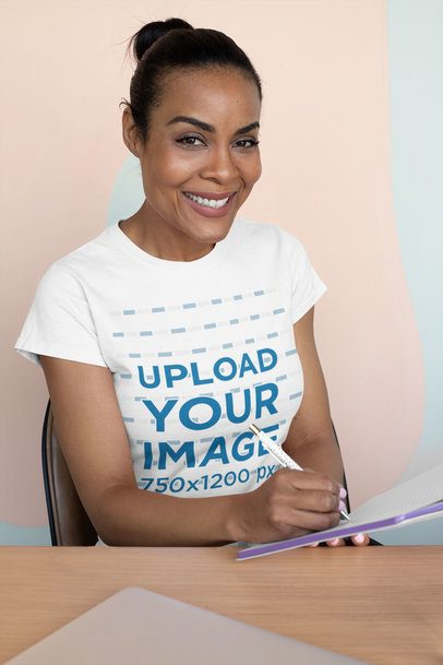 T-Shirt Mockup of a Middle-Aged Woman at Work 31676