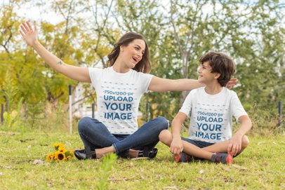 Mockup of a Mom and Kid with T-Shirts Playing in the Park 32641