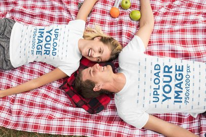 T-Shirt Mockup of a Couple on a Picnic 32235