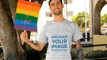 T-Shirt Video of a Man Holding a Sign With an LGBT Pride Message 33351