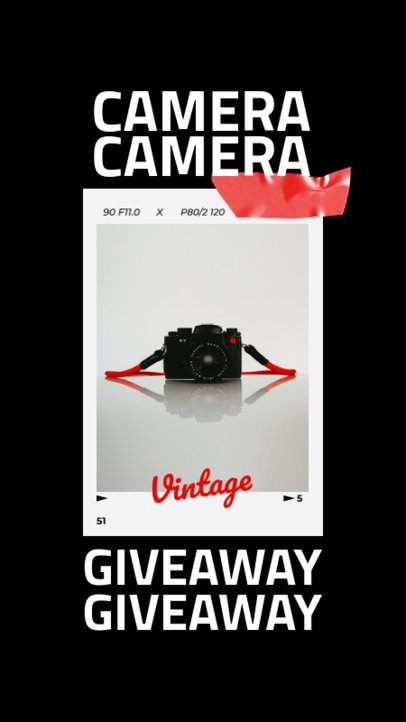 Instagram Story Template Featuring Pictures of Vintage Cameras 917-el1