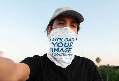 Selfie Mockup of a Man with a Neck Gaiter 36087