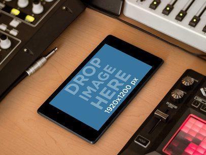 Samsung Nexus 7 Black Landscape Music Station