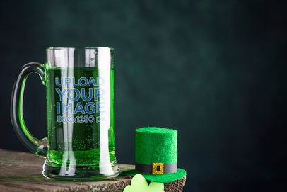 Mockup of a Beer Glass Featuring a St Patricks Day Hat 36057-r-el2