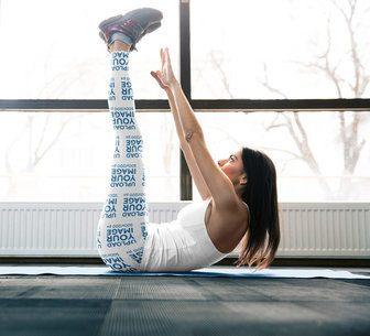 Leggings Mockup of a Woman Training Abs 38575-r-el2