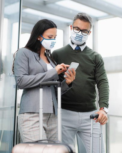 Face Mask Mockup Featuring a Man and a Woman Traveling 39655-r-el2