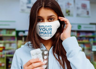 Face Mask Mockup Featuring a Woman at a Pharmacy 42121-r-el2
