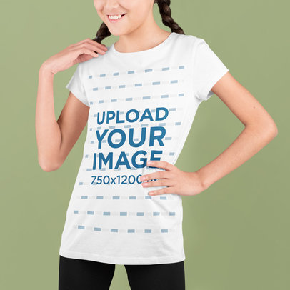 T-Shirt Mockup of a Girl with Braids at a Studio m724