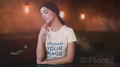 Parallax Video of a Young Woman Wearing a T-Shirt at a Restaurant 2521