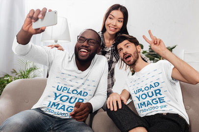 Long Sleeve and T-Shirt Mockup of a Group of Friends Taking a Selfie 40205-r-el2